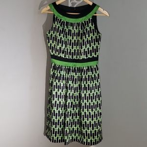 100% silk Maggie London Geometric Dress